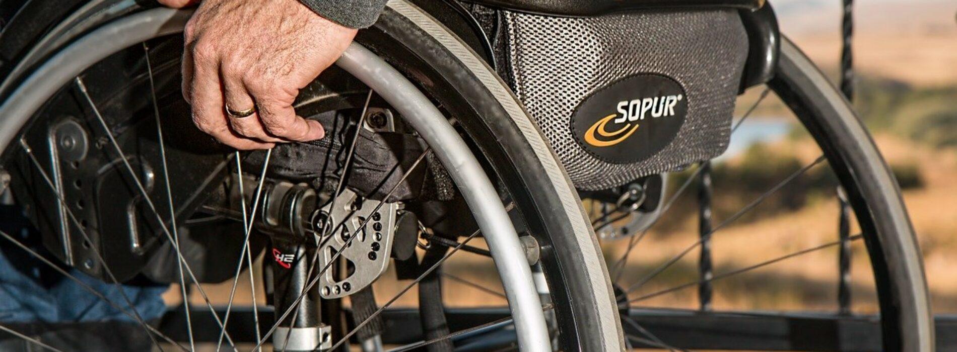 """Program """"Asystent osobisty osoby niepełnosprawnej edycja 2021″"""